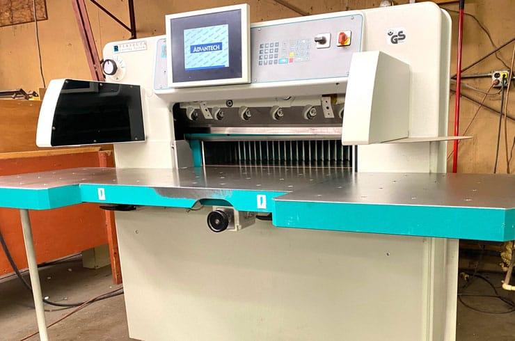 """Used Perfecta 30"""" 76 HTVC Paper Cutter Machine"""