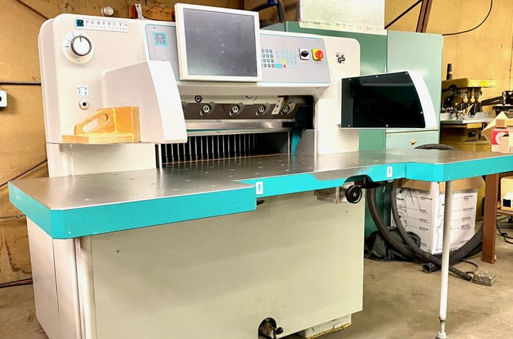 """Used Perfecta 30"""" 76 HTVC Paper Cutter Thumnail Photo Two"""