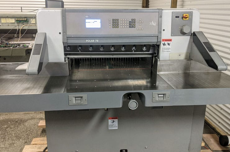 """Used Polar 30.7"""" Polar Paper Cutter Thumnail Photo Two"""