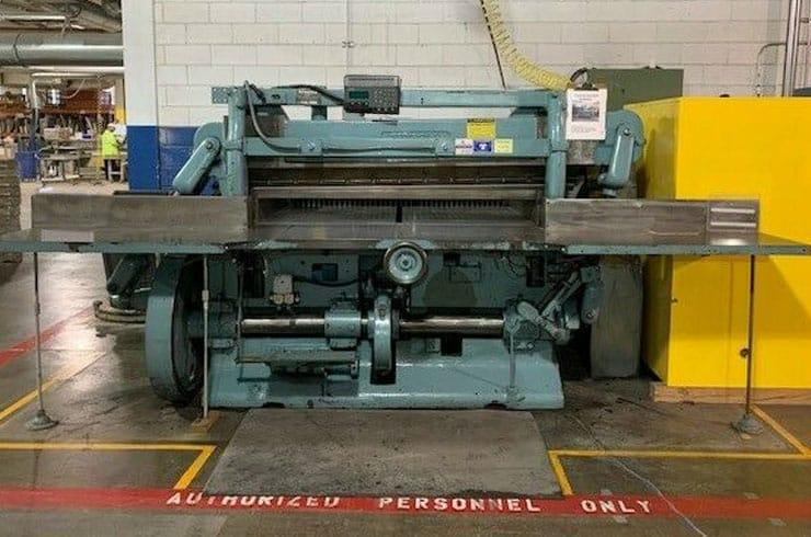 """Used Harris Seybold 75"""" 75 10Z  Paper Cutter Machine"""