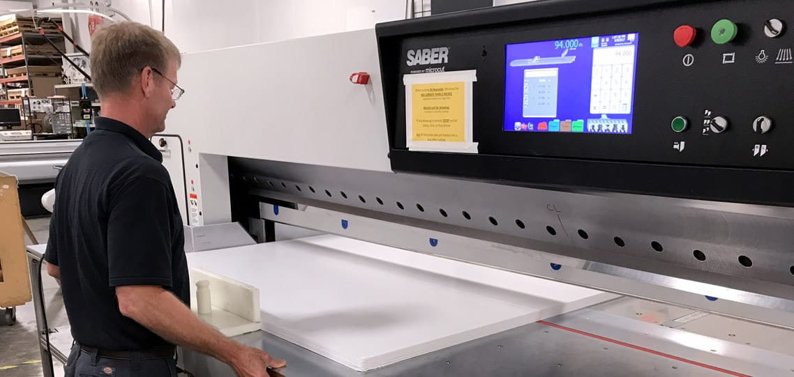 Largest format paper cutter 141 inch SABER